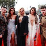Familie und Freunde:Kevin und Danielle Jonas, Bebe Rexha, Priyanka Chopra und ihr Mann Nick Jonas (v.l.)