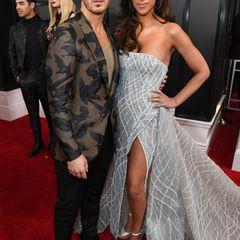 Kevin Jonas und seine schöne Ehefrau Danielle (in Y'Aton Couture) lassen sich die Grammys 2020 nicht entgehen.