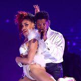 Sehr sexy ist dabei die Performance vonFKA Twigs und Usher.