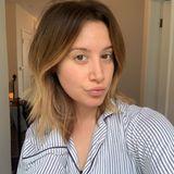 Wahre Schönheit kommt von innen, sagt man bekanntlich. Bei Ashley Tisdale trifft der Spruch jedenfalls zu. Ganz ohne Make-up strahlt die Schauspielerin im Pyjama mit der warmen Morgensonne um die Wette.