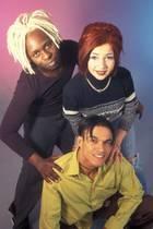 Sqeezer im Jahr 1996 mit Loretta Stern und Jim Reeves (links oben)