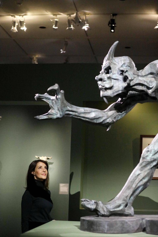 Prinzessin Marie von Dänemark bei einer Ausstellung
