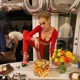 2. Februar 2020  Tallulah Belle Willis - die jüngste Tochter von Hollywood-Stars Demi Moore und Bruce Willis - feiert ihren 25. Geburtstag. Grund genug, einen extravaganten Auf-Tritt hinzulegen,um die Torte anzuschneiden. Normal kann jajeder.