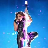 Wie zu erwarten ist der der Auftritt von Jennifer Lopez in der Halbzeitpause supersexy.