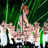 Ihre Tänzer hat J.Lo voll im Griff.