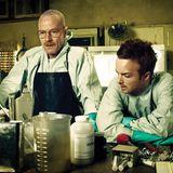 Fünf Staffeln lang von 2008 bis 2013 ging es für Bryan Cranston in der Rolle des Chemielehrers Walter White und Aaron Paul als sein ehemaliger Schüler Jesse Pinkman ums illegale Kochen von Drogen.