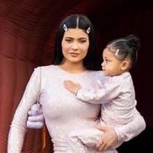 Kylie Jenner und Stormi