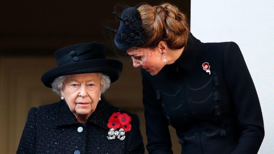 Queen Elizabeth und Herzogin Catherine