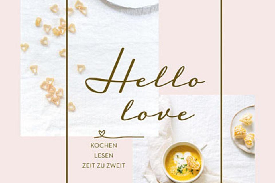 """Ob Frühstück im Bett mit süßem French-Toast, romantischenMenüs fürs Candle-Light-Dinner oder dem Pfannen-Cookie zum Teilen – mit nichts lässt sich die Liebe schöner feiern als mit diesem Buch! (""""Hello Love"""", Thorbecke Verlag, 168 Seiten, 26 Euro)"""