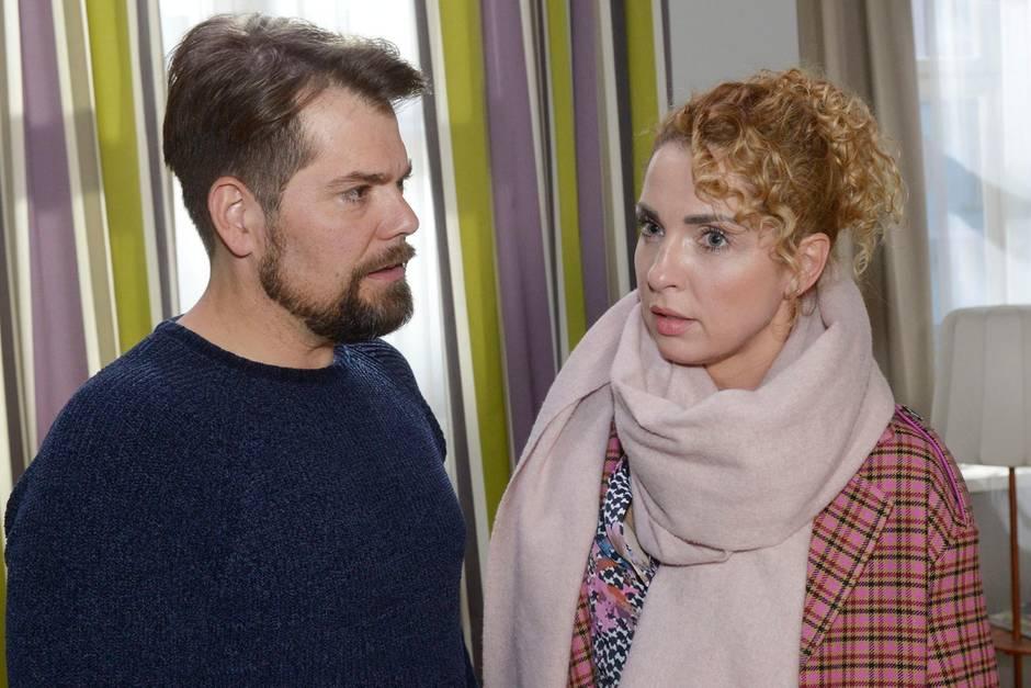 GZSZ: Leon (DanielFehlow) und Nina (Maria Wedig) wollen ihren Ausrutscher für sich behalten
