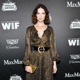 """""""Outlander""""-Star Caitriona Balfe glänzt schon mal passend in Goldtönen."""
