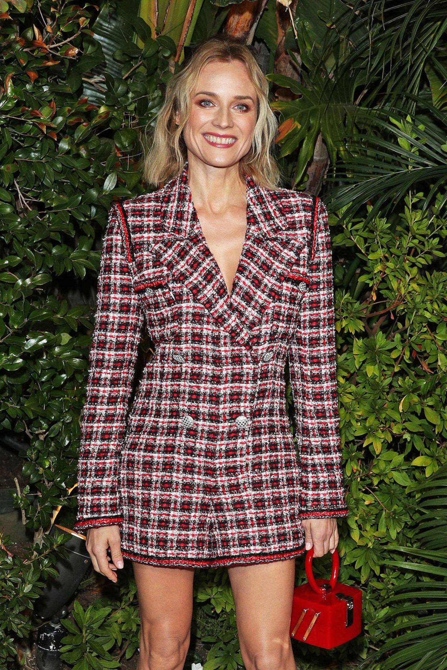 Beim Pre-Oscar-Dinner von Chanel und Charles Finchin derPolo Lounge in Beverly Hills zeigt Diane Kruger mit einem breitem Lächeln, wie aufregend die Tage vor der Verleihung der Academy Awards sind.