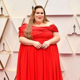 "Lady in Red: ""This Is Us""-Star Chrissy Metz"
