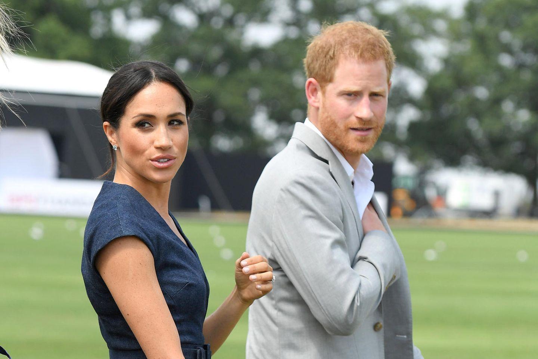 Herzogin Meghan und Prinz Harry stehen mal wieder in der Kritik.