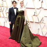 """""""Little Women""""-Regisseurin Greta Gerwig durfte sich dieses Jahr über keine Nominierung in der Kategoire """"beste Regie"""" freuen. Mit ihrem LebenspartnerNoah Baumbach legt sich dennoch einen glamourösen Auftritt hin."""