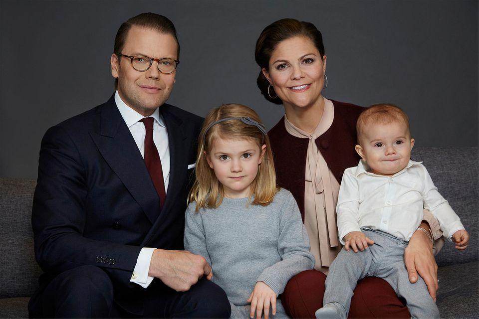 Die Familie - Daniel, Estelle, Victoria und Oscar - im Jahr 2017.