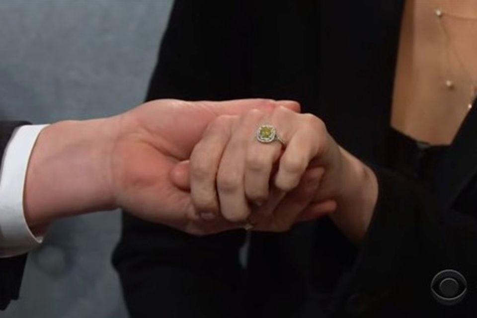 Anna Faris zeigt James Cordenihren außergewöhnlichen Verlobungsring