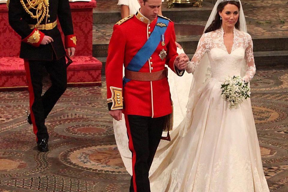 Sagte in Uniform Ja: Prinz William ehelichte am 29. April 2011 die bürgerliche Kate Middleton.