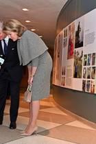 """12. Februar 2020  Ich hab' da mal 'ne Frage, Frau Königin! Während ihres Besuch der """"Rebel Lives""""bei der UN in New York lassen sichKöniginMathilde und König Philippe gerne von der kleinen Nachwuchsjournalistin interviewen. Was sie das Königspaar genau gefragt hat, wissen wir nicht, aber die beiden haben ihr sicher, ganz royal, eine sympathische Antwort gegeben."""