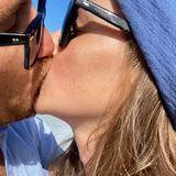 Auch SchauspielerFrederik Lau bekommt via Instagram von seiner Frau Annika Liebesgrüße zum 8. Valentinstag.