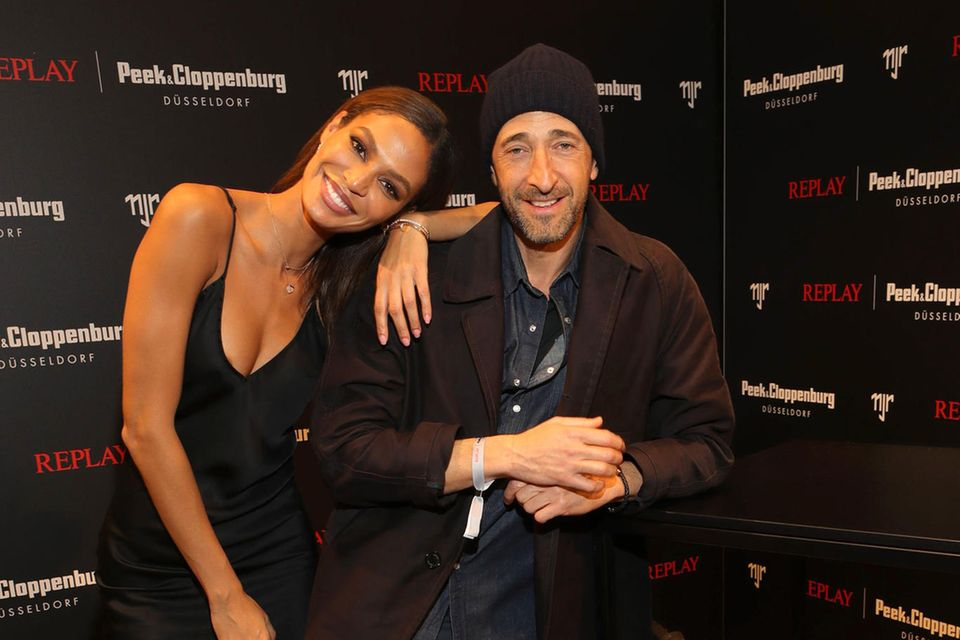 Joan Smalls und Schauspieler Adrien Brody beim Launch der Capsule-Kollektion von Neymar Jr für Replay.