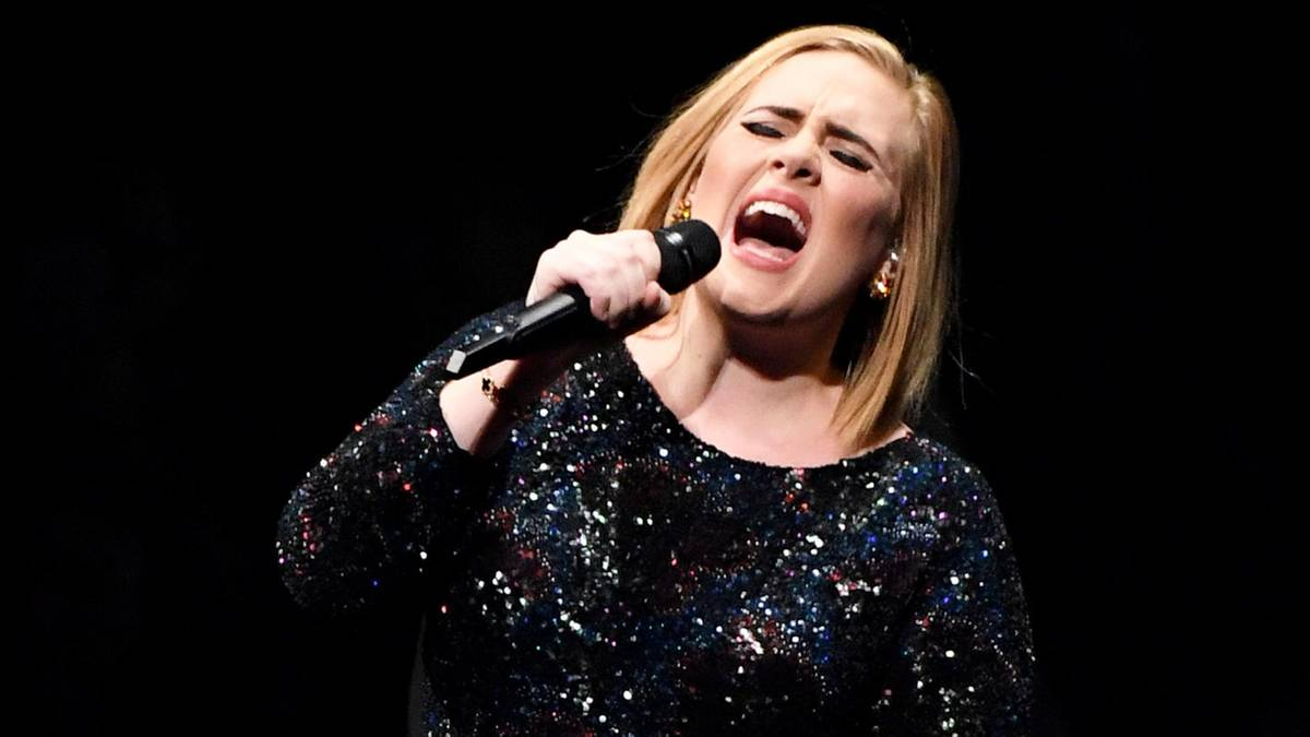 News Im Video Adele Privatkonzert Zeigt Wie Ihre Stimme Jetzt