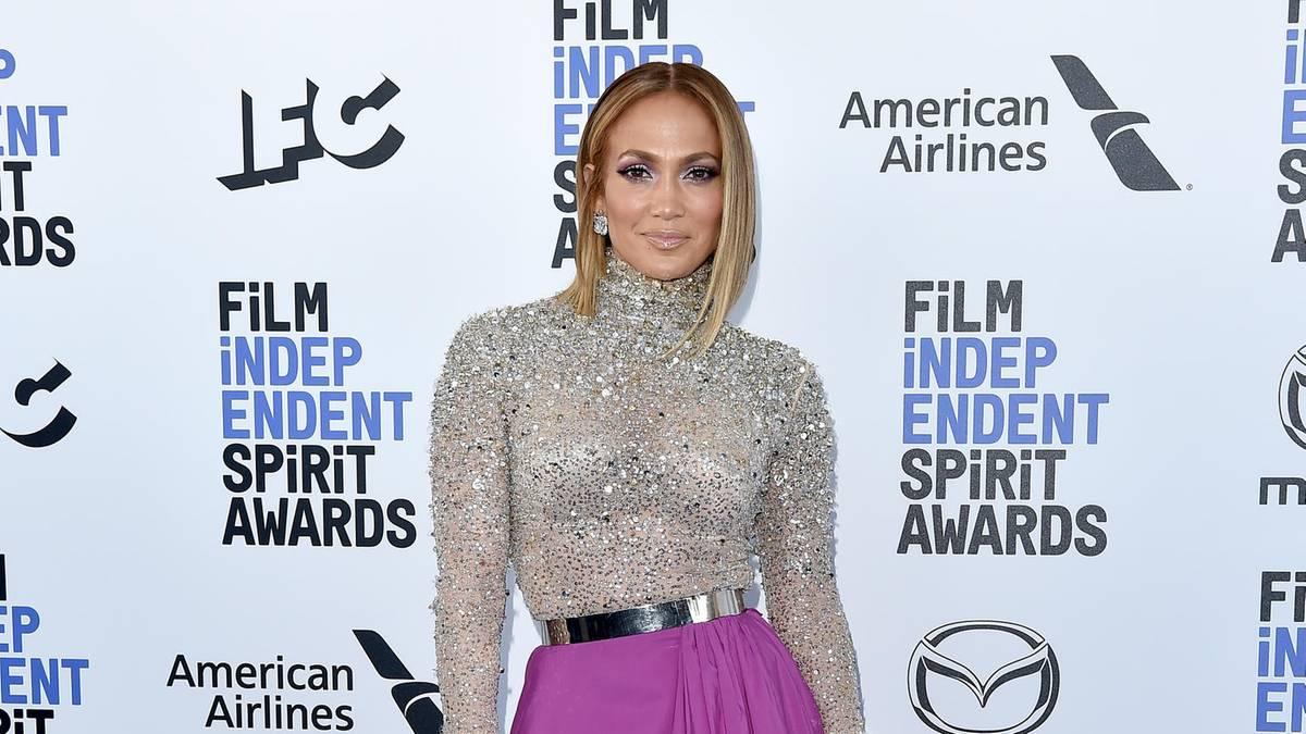 Jennifer Lopez: Für ihr Bikini-Selfie wird sie gefeiert