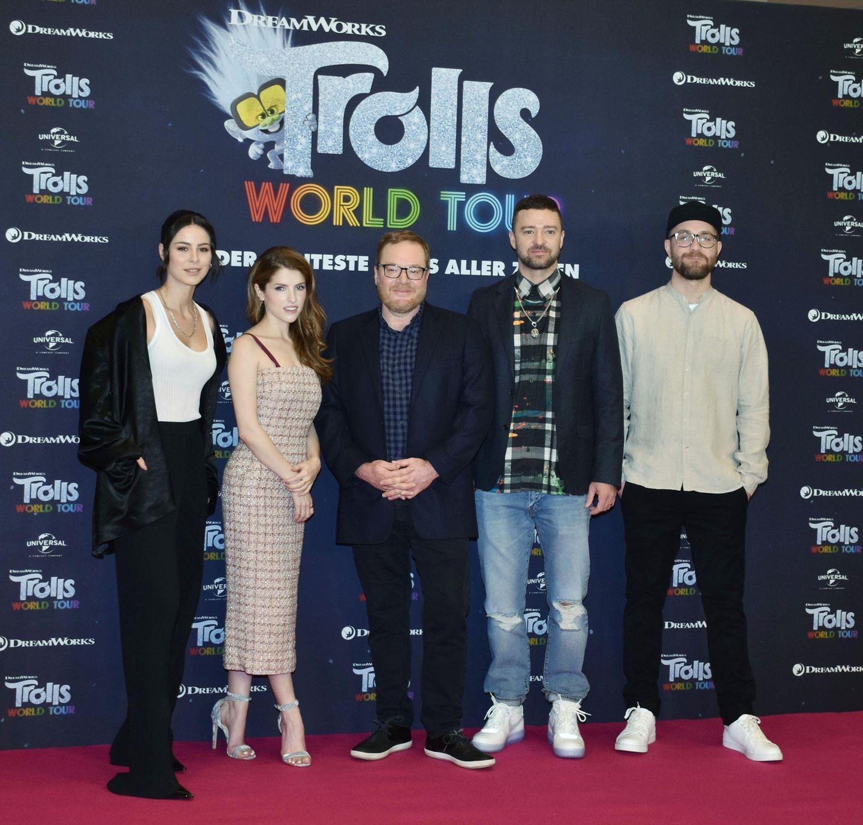 """17. Februar 2020  Lena Meyer-Landrut und Mark Forster erscheinen zur Premierenfeier des Animatonsfilms""""Trolls World Tour"""", dem sie in der deutschen Synchronisation ihre Stimmen leihen. Der Auftritt der Hollywood-StarsAnna Kendrick und Justin Timberlake gerätdabei fast zur Nebensache."""