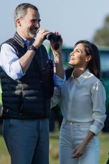 14. Februar 2020  Während ihrer Führung durch den Nationalparkhat das royale Paar die Chance, Flora und Fauna genauer unter die Lupe zu nehmen- ein Hobby, das den beiden sichtlich Spaß zu machen scheint.
