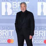 """Kultsänger Tom Jones ist bei den Brit Awards 2020 der """"Man in Black"""" - und sieht damit absolut super aus."""