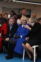 Herzogin Camilla besucht ein Gemeindezentrum