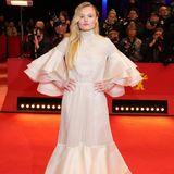 Wahrlich majestätisch kommt Maria Dragus in Kaviar Gauche zur Berlinale.