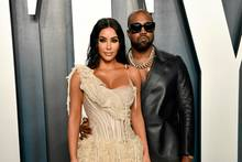 Kim Kardashian und Kanye West: Fahrstuhl-Fauxpas