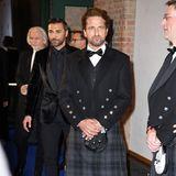 Auch Hollywood-Star Gerard Butler beglückt die Berlinale mit seiner Anwesenheit - stilecht im Schottenrock.