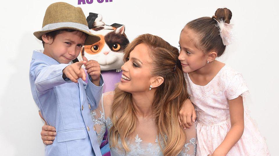 Jennifer Lopez mit ihren Zwillingen Max und Emme