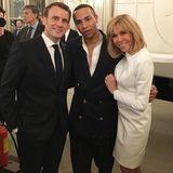 Zum Auftakt der Pariser Fashion Week ladenEmmanuel undBrigitte Macron wichtige Persönlichkeiten der Modebranche zum Dinner in denÉlysée-Palast ein. Olivier Rousteing genießt die Aufmerksamkeit sichtlich und lässt seine Fans auf Instagram daran teilhaben.