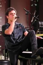 25. Februar 2020  Nachdem Multiinstrumentalist Jamie Cullum zunächstleise Töne anschlägt, legt er eine flotte Taste am Piano hin und bringt sein Publikum auf Hochtouren.