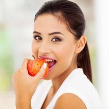 Äpfel sind gesund und lecker.