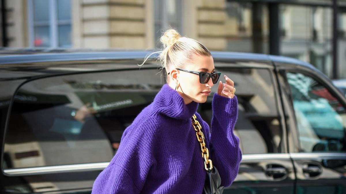 fashion-fauxpas-hailey-bieber-gibt-ungewollt-tiefe-einblicke