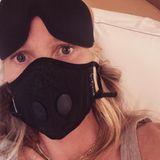 Gwyneth Paltrow trägt eine Schutzmaske