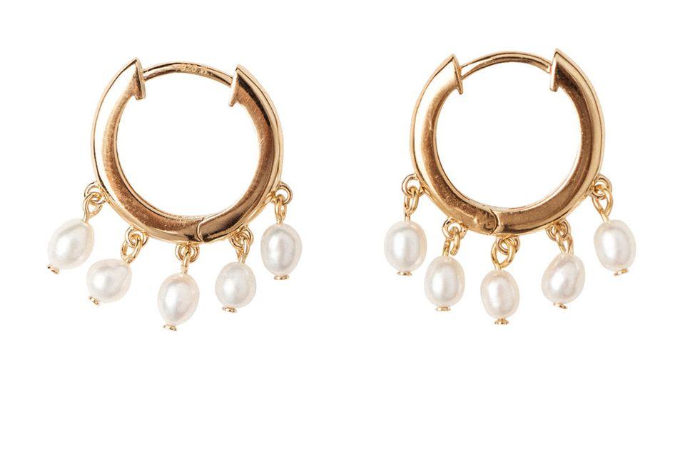 Ohrringe kann Frau nie genug haben! Ressortleitung Nane lässt im März diese hübsche Exemplare in ihr Schmuckkästchen einziehen.