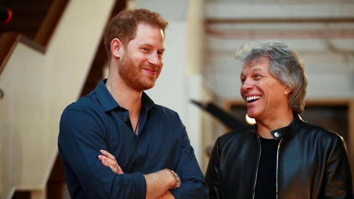 News im Video: Erste Szenen von Prinz Harry und Jon Bon Jovi im Tonstudio