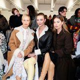 Drei Supermodels in der Front Row:Carolyn Murphy, Karlie Kloss und Doutzen Kroes verschönern die ersteReihe der Fashion-Show von Loewe.