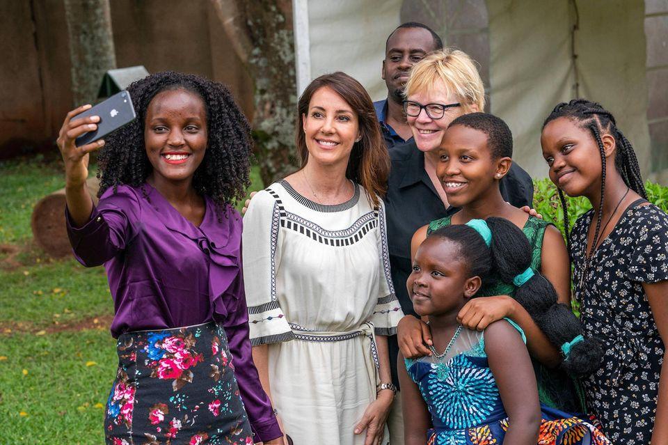 Prinzessin Marie trifft Klimaaktivisten in Uganda