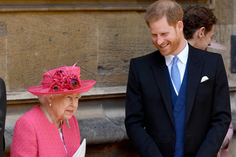Queen Elizabeth + Prinz Harry