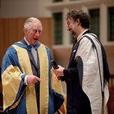 Prinz Charles verleiht Jonas Kaufmann die Ehrendoktorwürde