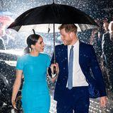 Herzogin Meghan und Prinz Harry - trotz Regen perfekt in Szene gesetzt.