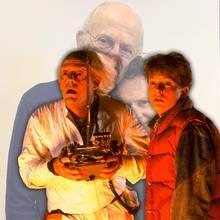 """Grundgütiger! So sehen die """"Zurück in die Zukunft""""-Stars Christopher Lloyd und Michael J. Fox heute aus."""