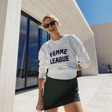 Model Lena Gercke möchte alle starken Frauen feiern. Besonders bedankt sie sich bei ihrer Mutter, die immer an ihrer Seite ist und sie lehrte, für sich selbst einzustehen.