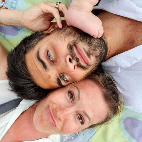 Herzlichen Glückwunsch!Wolke Hegenbarth und Oliver Vaid haben sich verlobt.